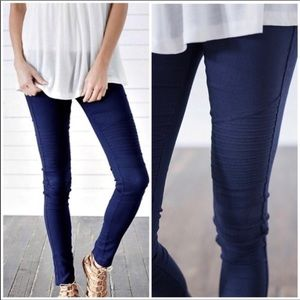 ⭐️New denim blue moto legging